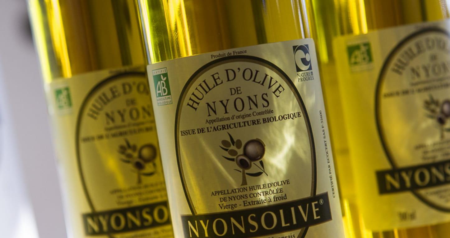 bouteille d'huile d'olive de Nyons