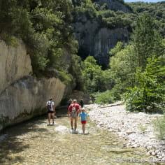 Accompagnateur de randonnée aquatique dans la Drôme