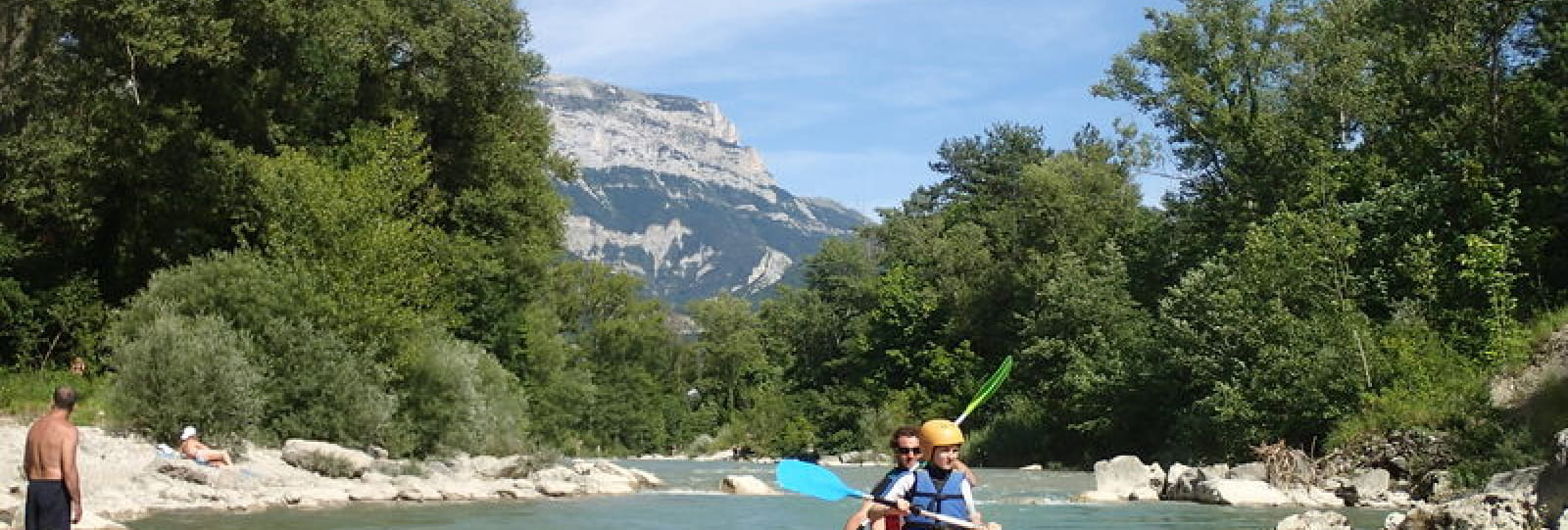 Canoë et Tubing avec la Base de Loisirs Drôme Aventure