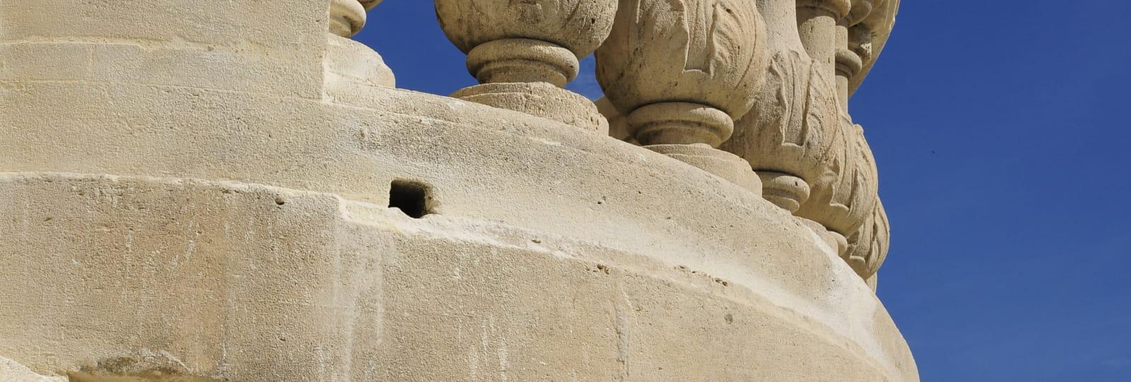 Balcon château - Pays de Grignan - Enclave des Papes à la carte