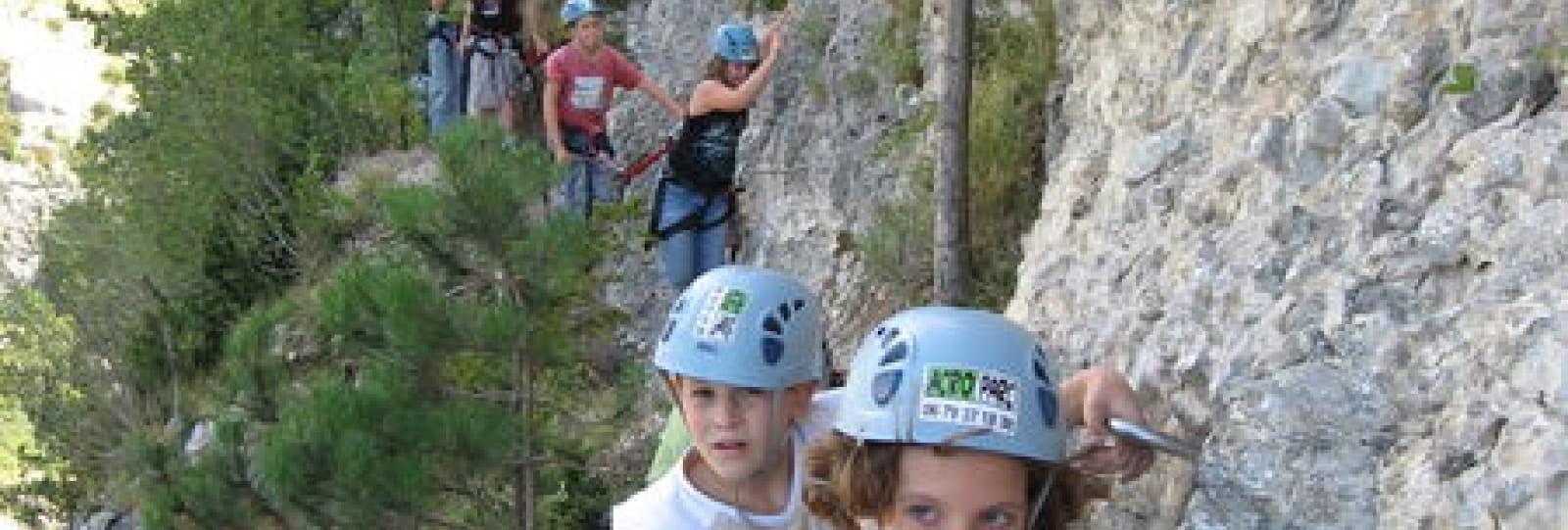 Via Ferrata avec la Base de Loisirs Drôme Aventure