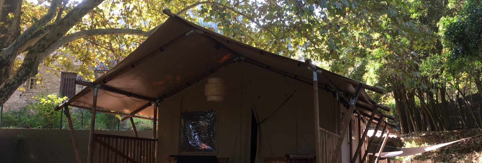 Hôtel de plein air Suze Luxe Nature (Camping, Lodges, Cabanes, Insolites, Spas et Restaurant)