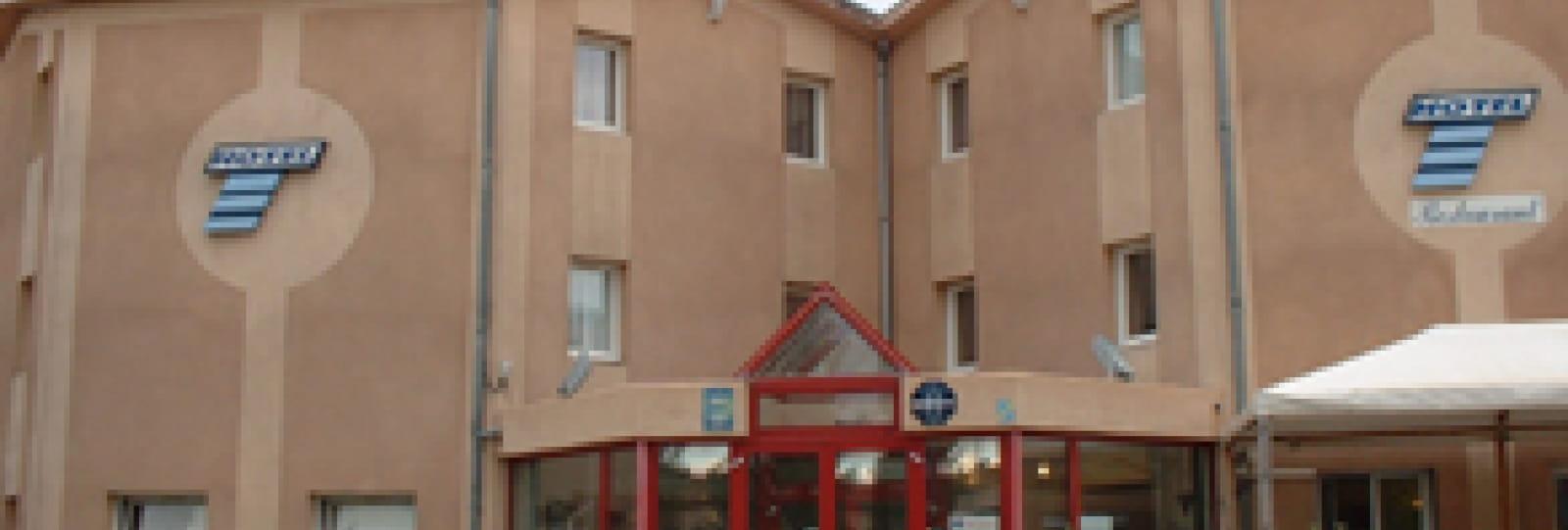 Hôtel Cat-Hôtel Bourg-de-Péage