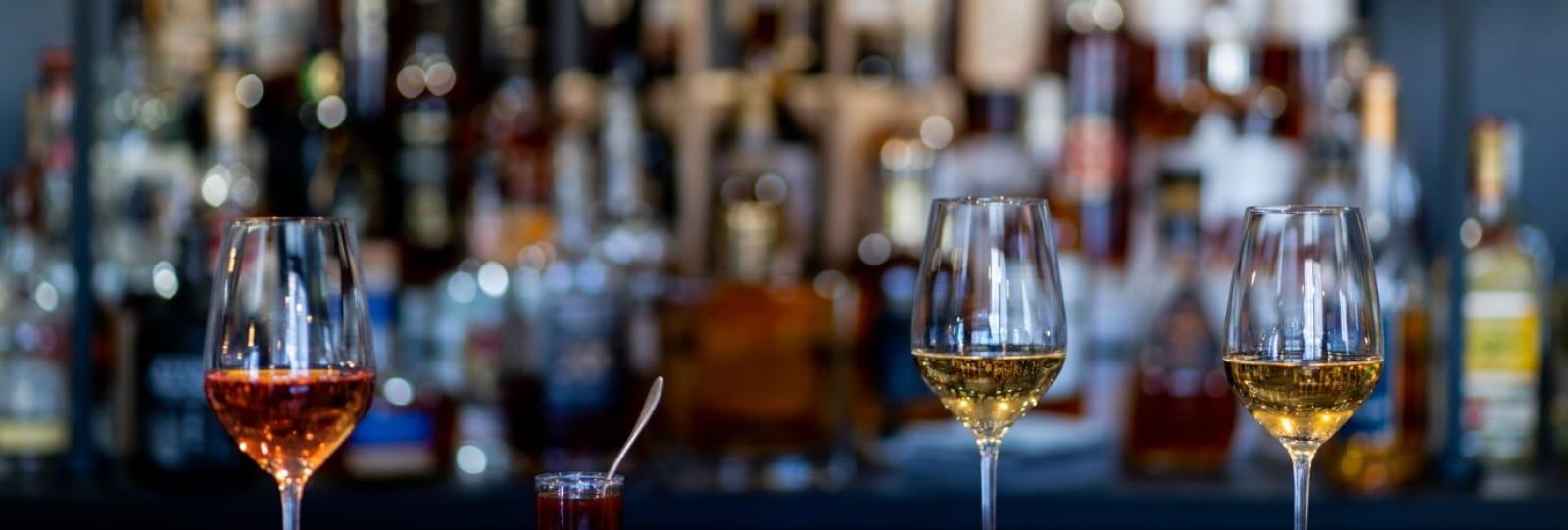 Verres des vins et Tapas