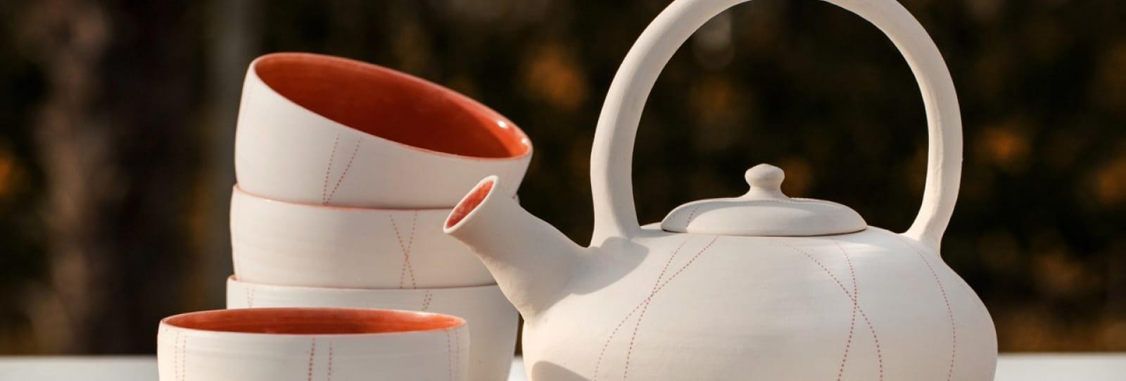 Théière à thé et tasses