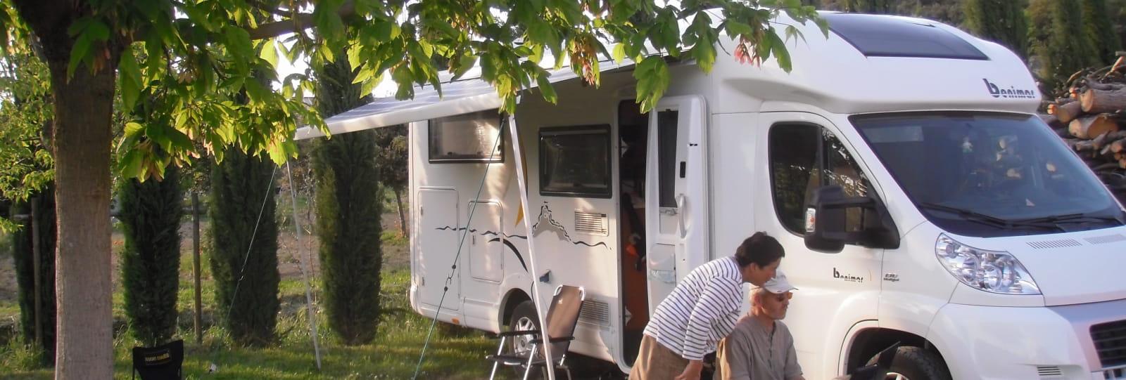 Aire Camping-Cars privée du Domaine Rocheville