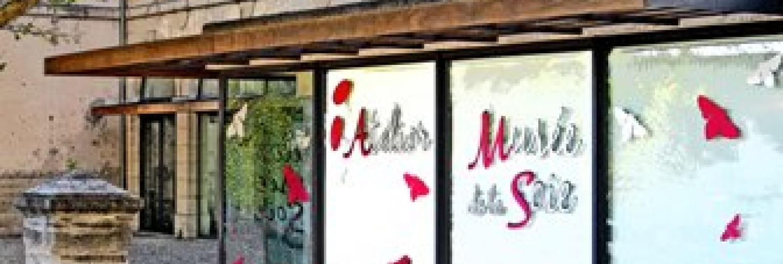 Vitrine - Atelier Musée de la Soie