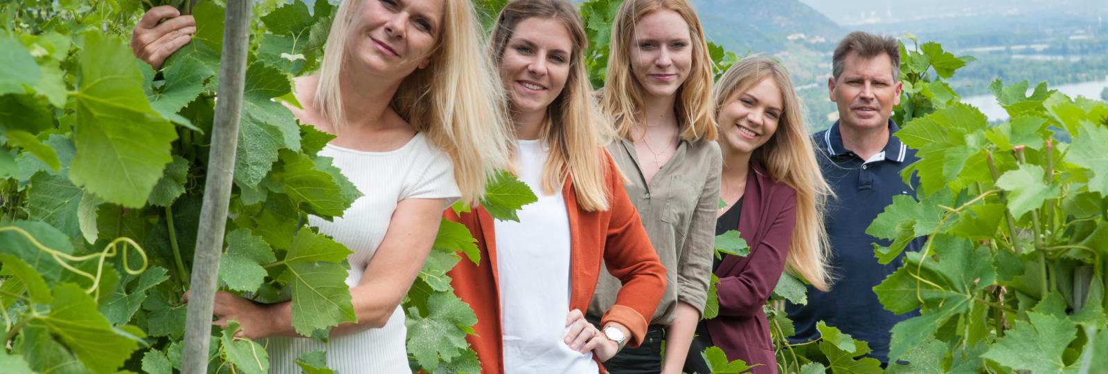 la famille dans les vignes