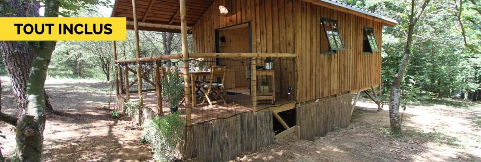 La cabane sous bois
