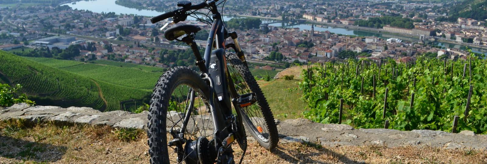 Balade en vélo à assistance électrique - M. CHAPOUTIER