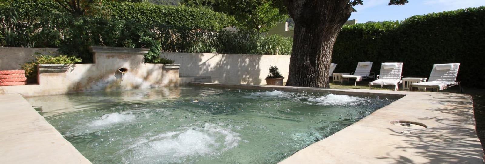 Le bassin fontaine et ses bulles relaxantes