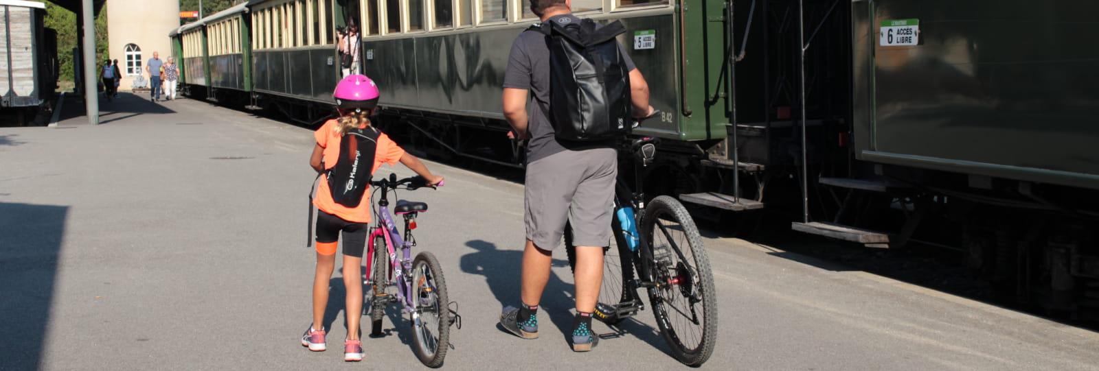 Embarquement à bord du Train de l'Ardèche