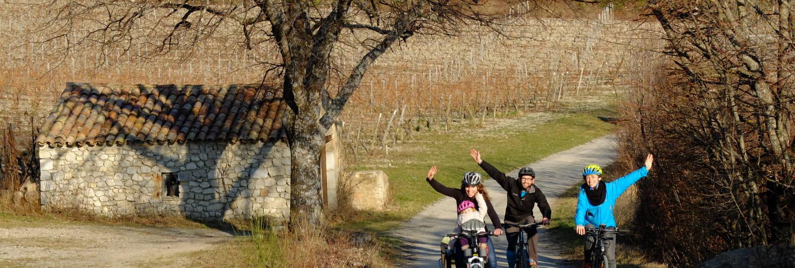 La route des vignobles Châtillonnais à vélo électrique avec BEcyclette