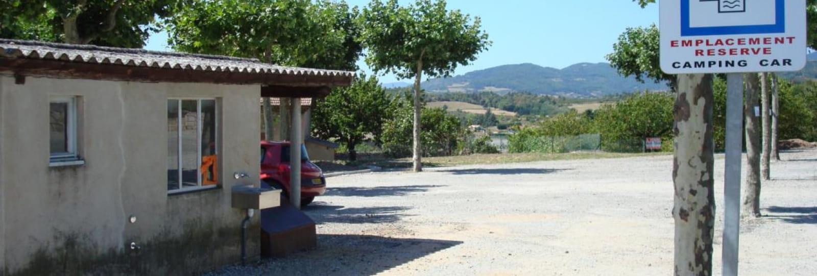 Aire de service/accueil camping-car