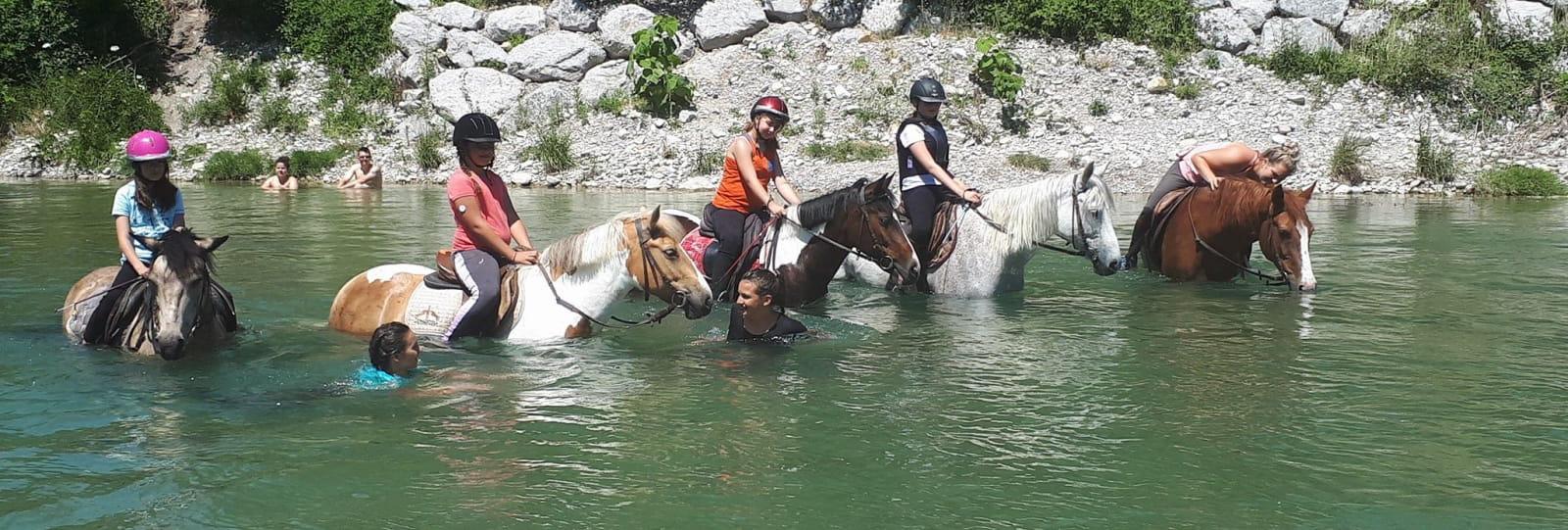 Cours d'équitation avec le Centre Equestre