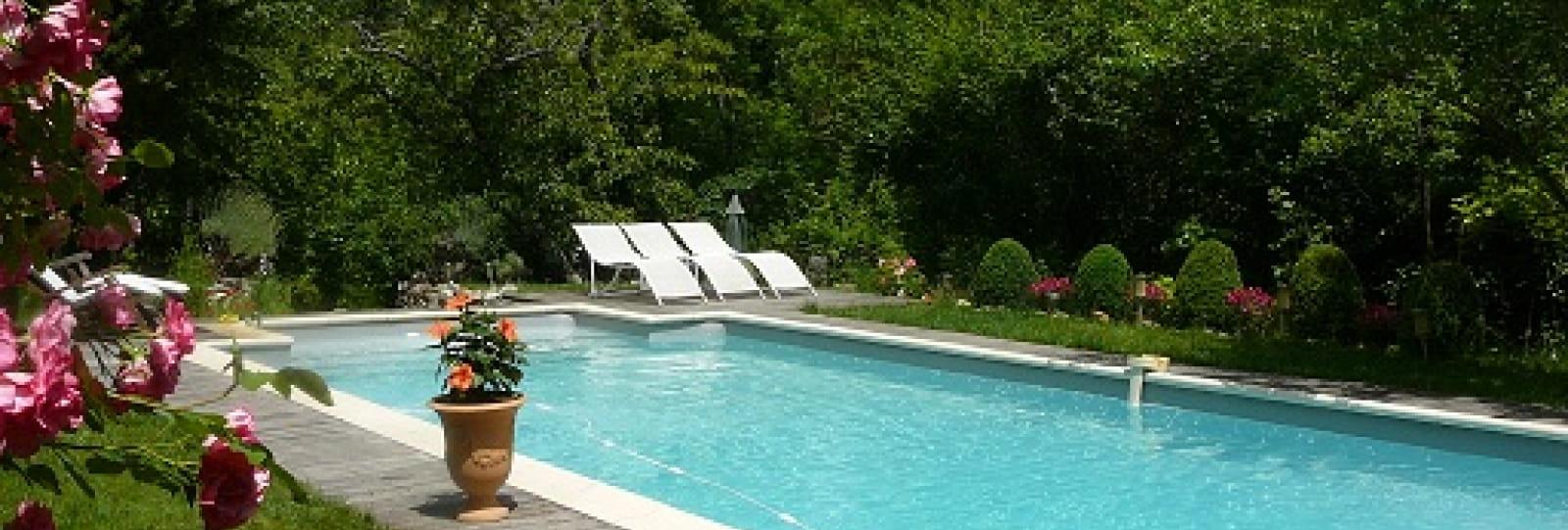 Chambre d'hôtes La Théron - piscine