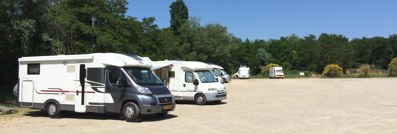 Aire Camping-Cars de Hauterives