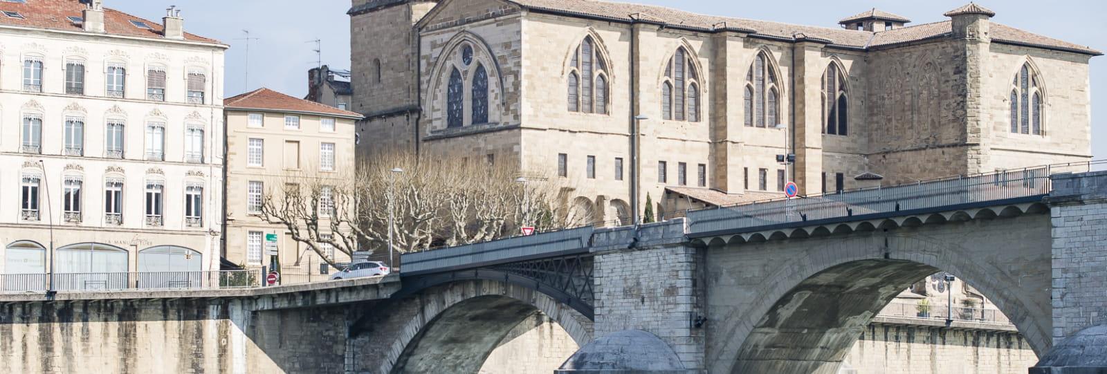 La Collégiale Saint-Barnard