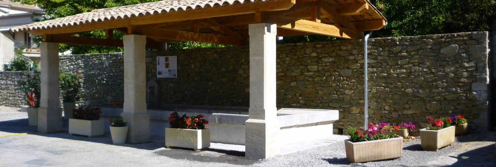 Le Lavoir de Puy-Saint-Martin et le réseau de captage
