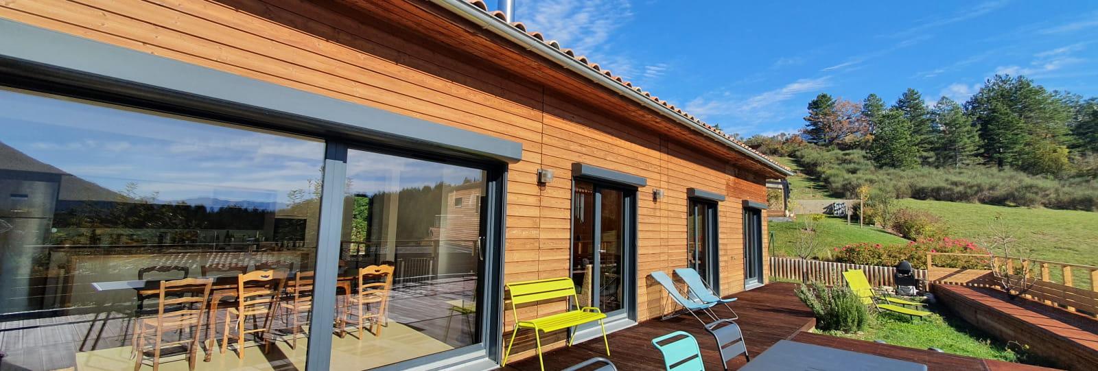 terrasse et maison