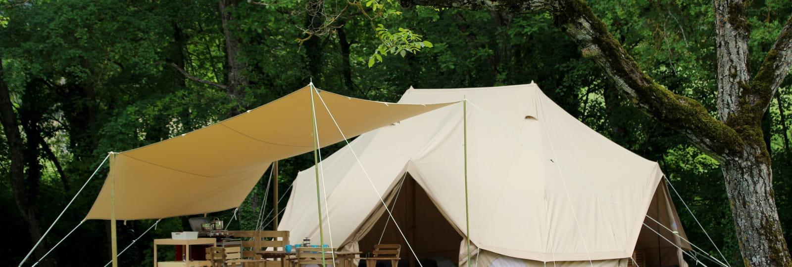 Tentes Safari Lodges équipées au Camping Les Ecureuils