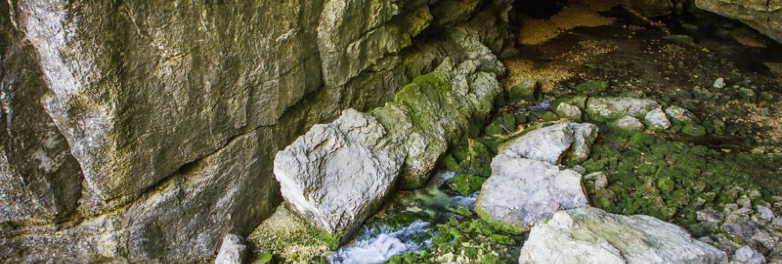 Grotte du Brudour
