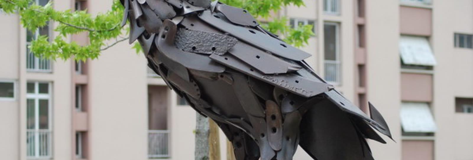 L'aigle du Rond POint Charles de Gaulle à Tournon