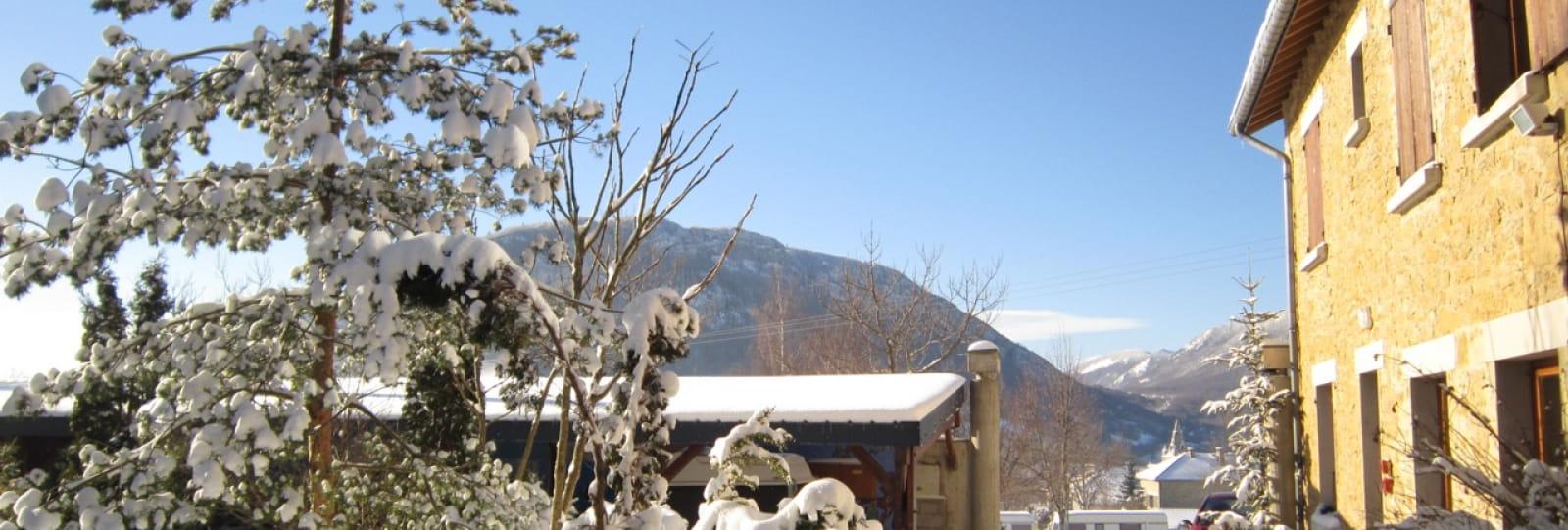 Centre de vacances Vercors IDDJ neige