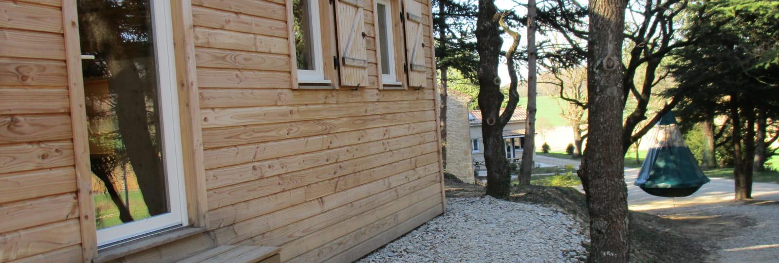 Cabane du Chevreuil et sa Pendola du Domaine des Ayasses