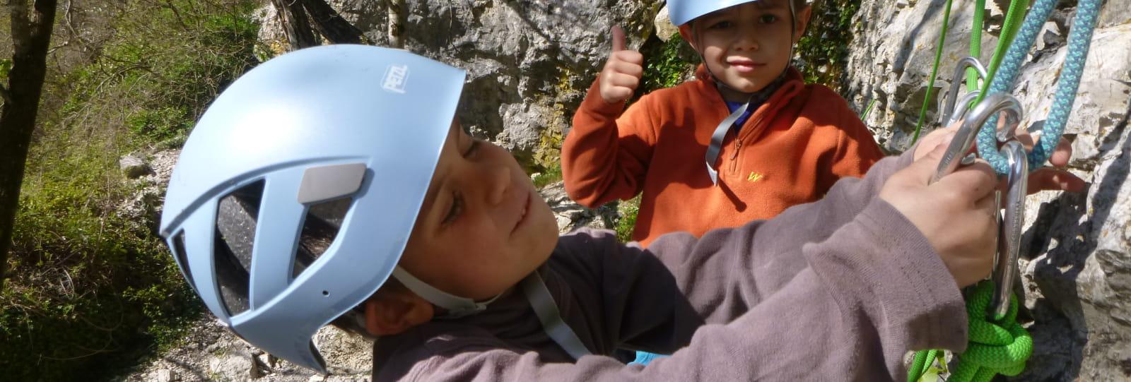 Stage d'escalade enfants 5-13 ans 'Découverte / progression en falaise'
