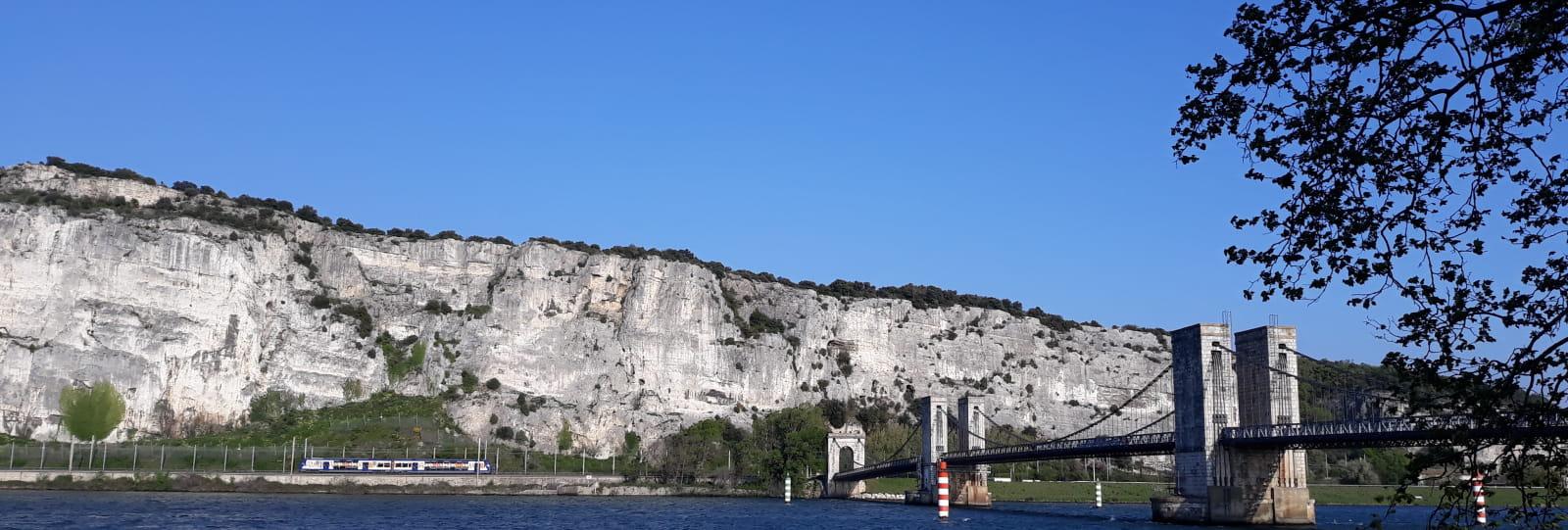Défilé de Donzère et Pont de Robinet