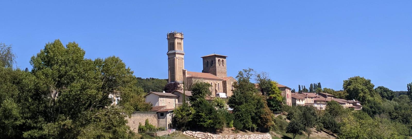 Le Village de Montmiral